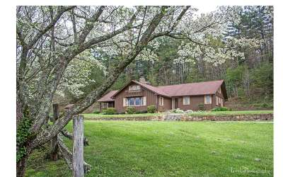 Cherokee County Single Family Home For Sale: 1727 Robinson Road
