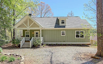 Blairsville Single Family Home For Sale: 62 Chantelle Lane