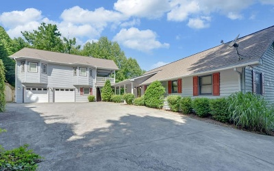 Single Family Home For Sale: 3010 Chatuge Overlook