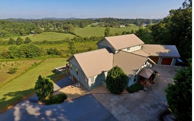 Blairsville Single Family Home For Sale: 99 Skyline Drive