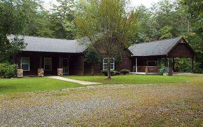 Blairsville Single Family Home For Sale: 66 Lazy Days Dr