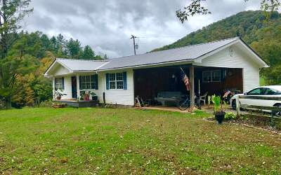 Murphy NC Single Family Home For Sale: $165,000