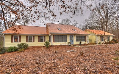 Gilmer County Single Family Home For Sale: 115 Berry Hill Road