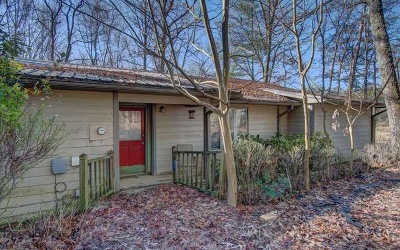 Union County Single Family Home For Sale: 25 Deer Crossing Trail