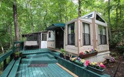 Cherokee County Single Family Home For Sale: 258 Hamlet Circle