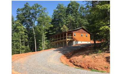 Cherokee County Single Family Home For Sale: 324 Quail Hollow Pass