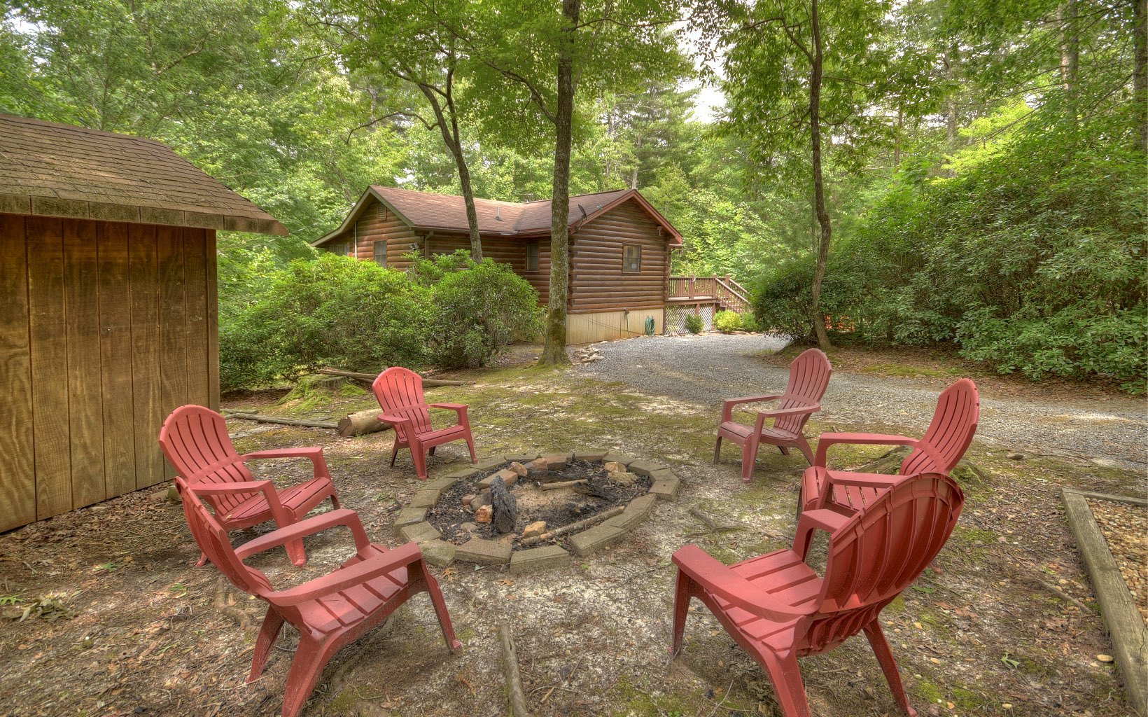 602 Harrison & Ada, Blue Ridge, GA   MLS# 290969   Cozy Cove