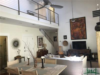 Savannah Condo/Townhouse For Sale: 220 E Waldburg Street #B