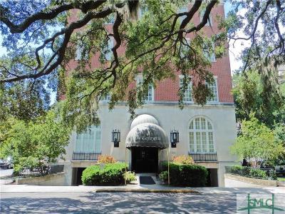 Savannah Condo/Townhouse For Sale: 321 Abercorn Street #307