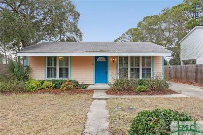 Tybee Island GA Single Family Home Active Contingent: $235,000