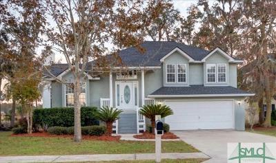 Single Family Home For Sale: 121 Runner Road