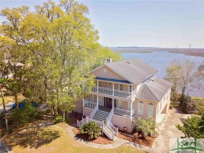 Single Family Home For Sale: 31 Cove Drive