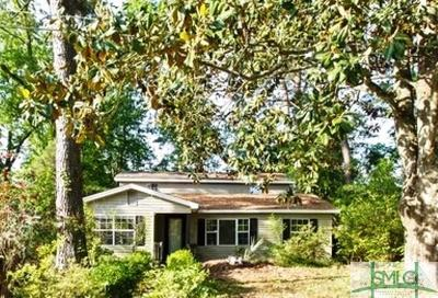 Savannah GA Single Family Home For Sale: $72,200