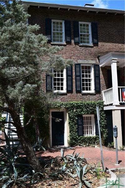 Savannah Single Family Home For Sale: 210 W Wayne Street