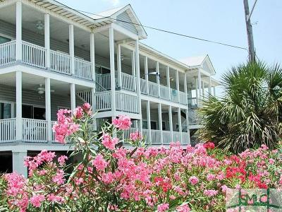 Tybee Island Condo/Townhouse For Sale: 5 17th Place #1-A