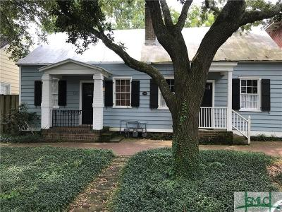 Savannah Single Family Home For Sale: 529 E Jones Street