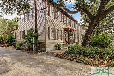 Single Family Home For Sale: 243 E Broad Street