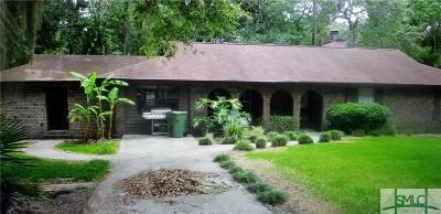Single Family Home For Sale: 205 Fraser Street