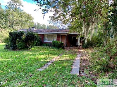 Savannah GA Single Family Home For Sale: $72,000