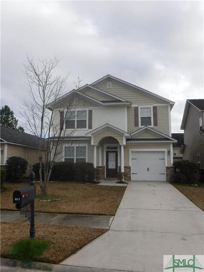 Savannah Single Family Home For Sale: 227 Chapel Lake S