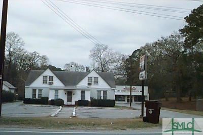 Garden City Multi Family Home For Sale: 55 Main Street