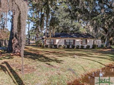 Savannah Multi Family Home For Sale: 1124 Dean Forest Road