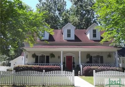 Savannah GA Single Family Home For Sale: $250,000