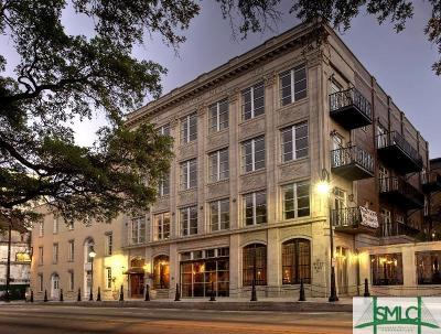Savannah Condo/Townhouse For Sale: 5 Whitaker Street #304