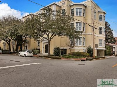 Savannah Condo/Townhouse For Sale: 302 W Jones Street