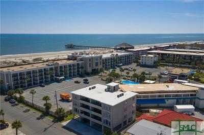 Tybee Island Condo/Townhouse For Sale: 7 14th Street #B
