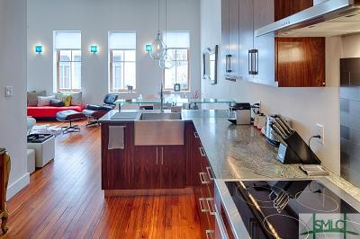 Savannah Condo/Townhouse For Sale: 9 W York Street W #306
