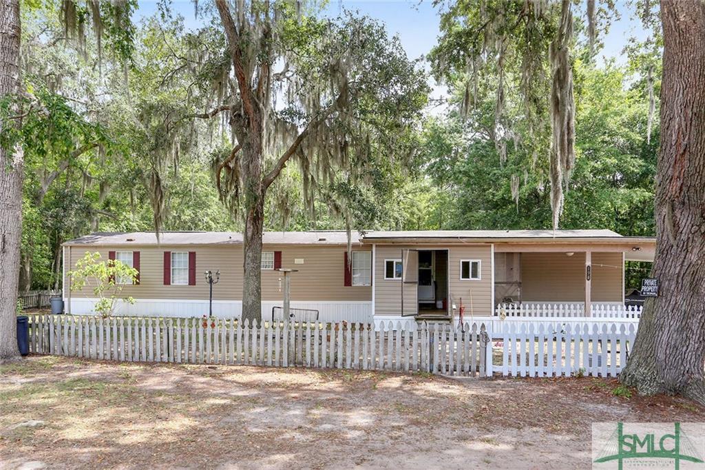 198 Middleton, Allenhurst, GA, 31301, Allenhurst Home For Sale