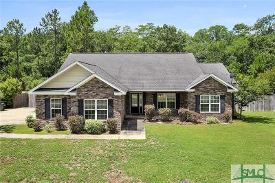 Single Family Home For Sale: 358 NE Carson Street