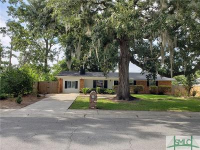 Single Family Home For Sale: 406 Briarcliff Circle