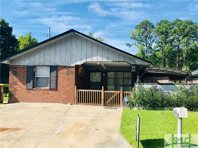 Single Family Home For Sale: 201 Russ Circle