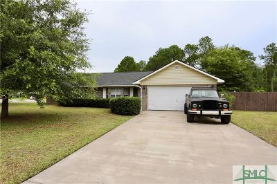Hinesville GA Single Family Home Active Contingent: $95,000