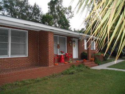Waycross Single Family Home For Sale: 308 Scruggs Street