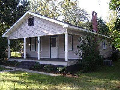 Blackshear GA Single Family Home For Sale: $59,900