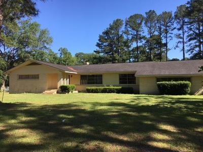 Waycross Single Family Home For Sale: 3359 Driggers Rd