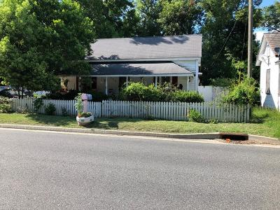 Waycross GA Single Family Home For Sale: $90,000