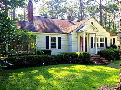 Waycross GA Single Family Home For Sale: $122,500