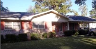 Blackshear GA Single Family Home For Sale: $99,000