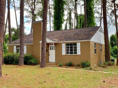 Waycross Single Family Home For Sale: 1302 Dean Dr.