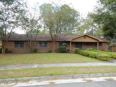 Waycross Single Family Home For Sale: 1101 Dorothy St