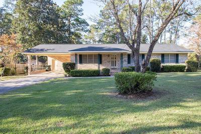Waycross Single Family Home For Sale: 1211 Pruitt Dr.