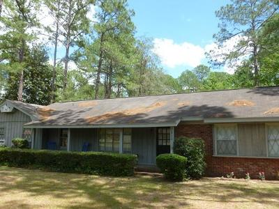 Waycross Single Family Home For Sale: 902 City Blvd.