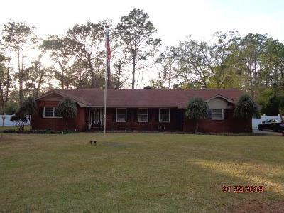Jesup Single Family Home For Sale: 550 Old Waynesville Rd