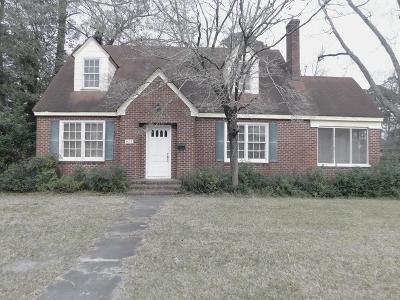 Waycross Single Family Home For Sale: 622 Nicholls