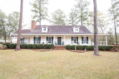 Single Family Home For Sale: 2560 Deer Creek Lane