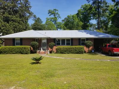 Waycross Single Family Home For Sale: 1007 Golfview Drive